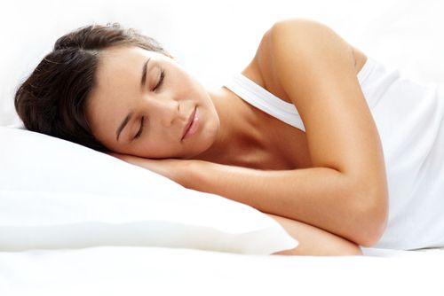 10 Foods to Eat (and 10 Foods to Avoid) For a Good Night Sleep - Forkly