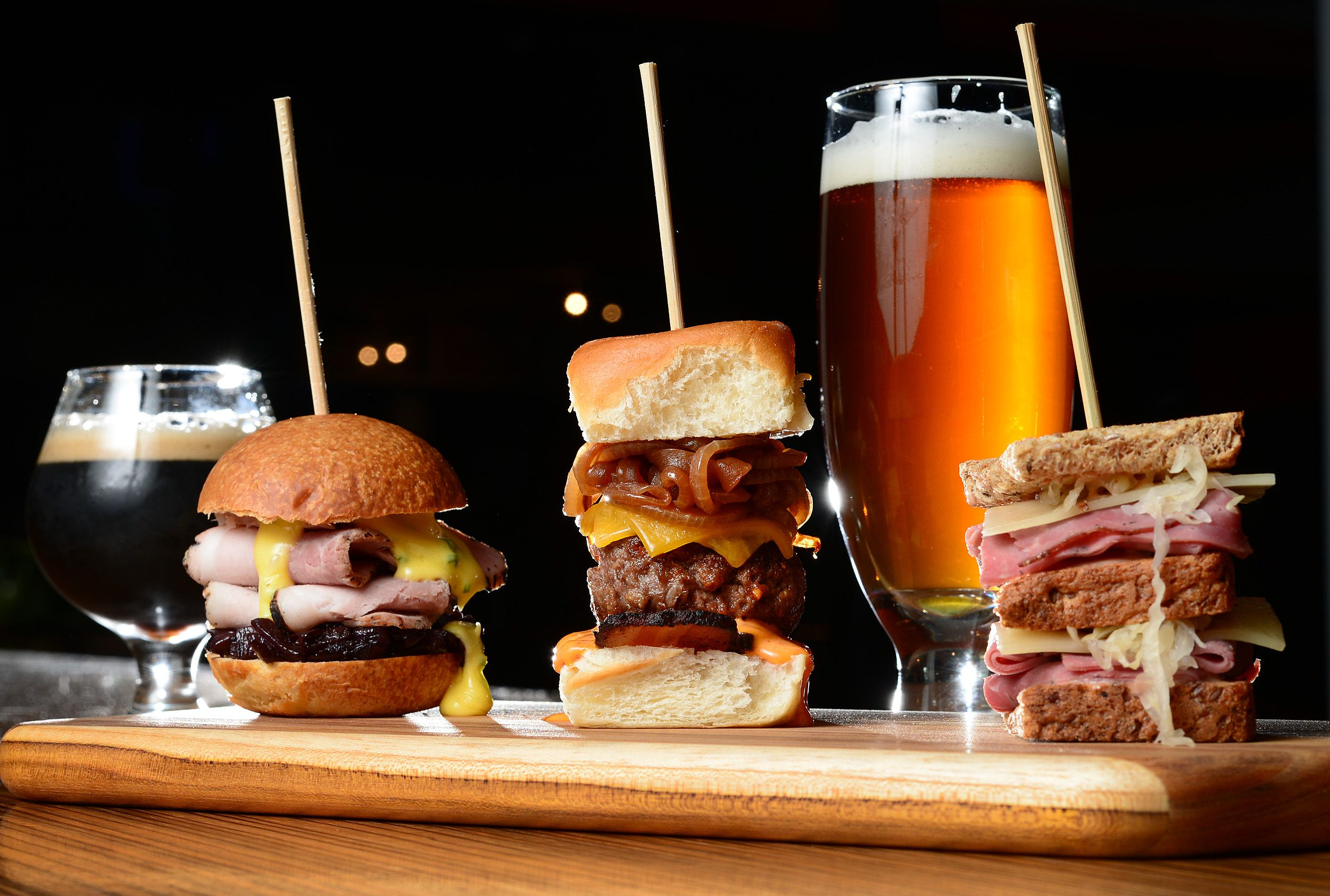 Pint Perfection: How To Pair Your Favorite Beers & Foods - Forkly
