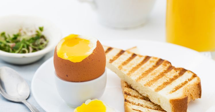Hard Boiled Eggs Time: How Long to Boil and How Long to Keep - Forkly