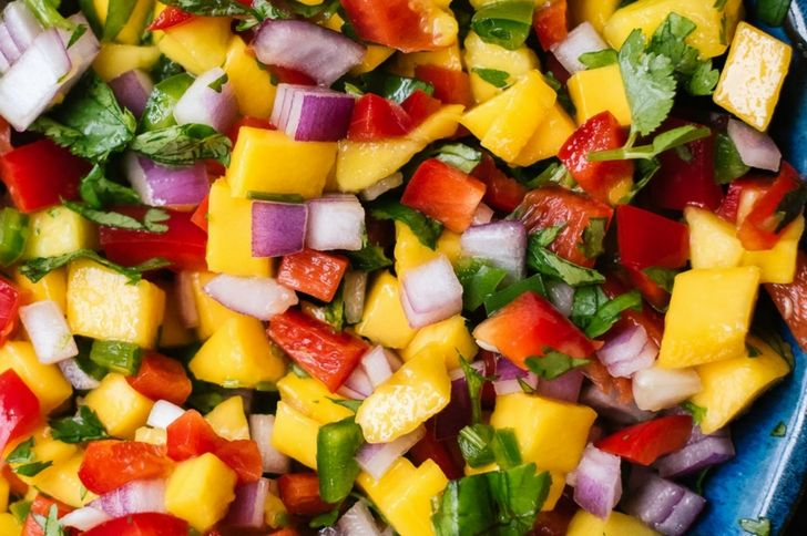 Scoop Up These 10 Deliciously Creative Salsa Recipes! - Forkly