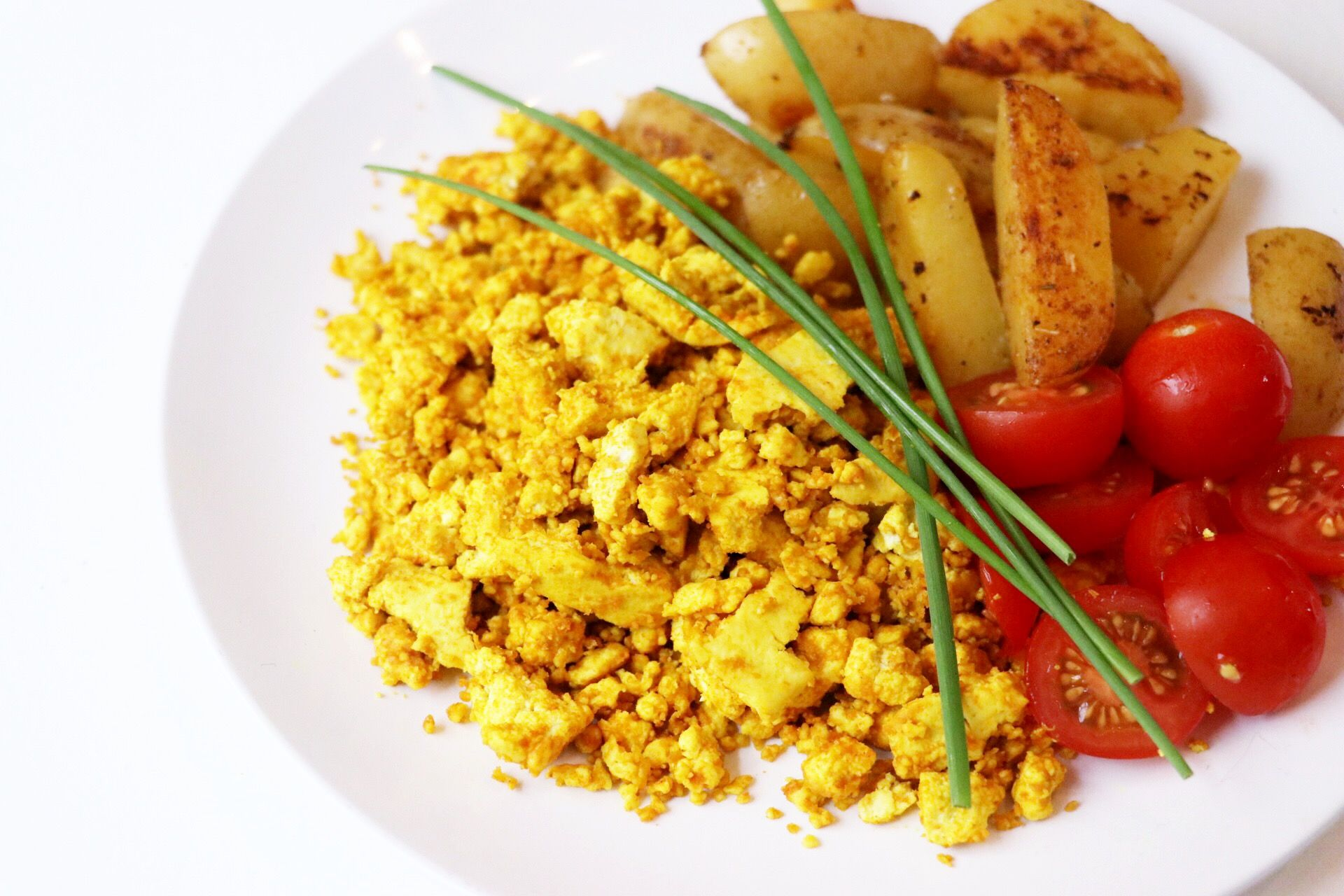 Vegan Egg-free Breakfast Scramble - Forkly