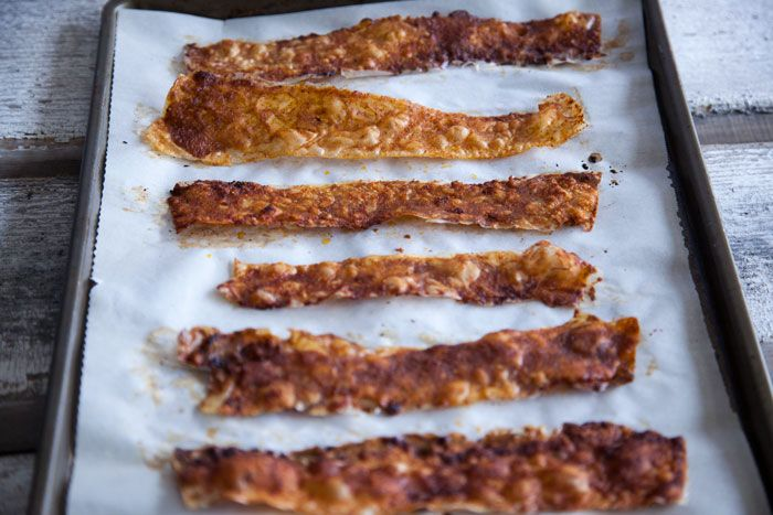 Mouthwatering Ways To Enjoy Meat-Free (Vegan) Bacon - Forkly