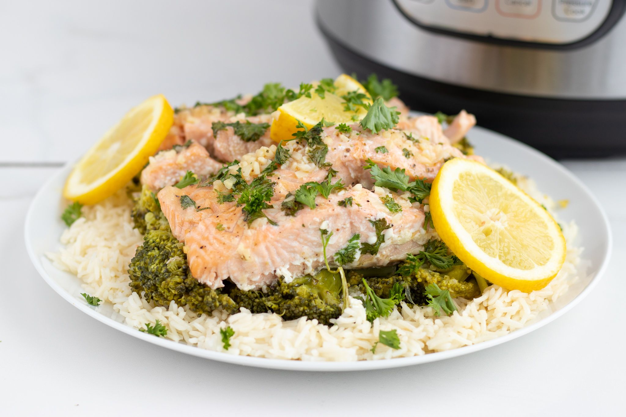 Easy Instant Pot Lemon Honey Garlic Salmon Dinner - Forkly