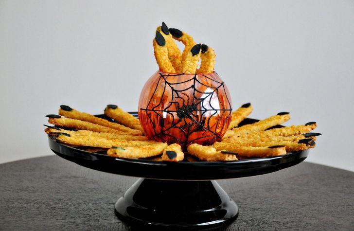 Halloween Party Recipes: Apps, Drinks, Entrées, & Dessert Ideas